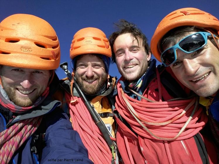 L'équipe au sommet! De gauche à droite: Pierre, Dorian, Luc et Nicolas