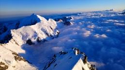 Cordée pendant l'ascension du Mt Cook
