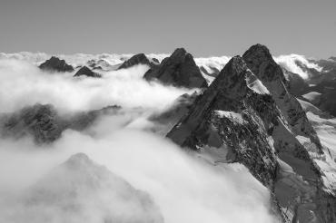 Brodrick Peak, 2669m.